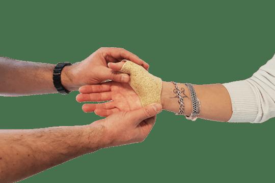 Traumatologie : entorse, fracture, luxation - Rhumatologie : syndrome du canal carpien, rhizarthrose, polyarthrite rhumatoïde, tendinopathie de De Quervain, épicondylite - Neurologie : orthèse anti-spasticité, paralysie